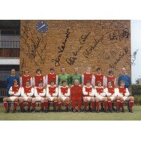 ARSENAL 1971 DOUBLE WINNERS, SIGNED TEAM PHOTO by 11.